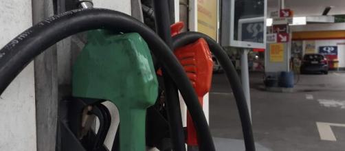Gasolina e diesel devem custar até R$ 0,12 a mais por litro nas refinarias (Fernando Frazão/Agência Brasil)