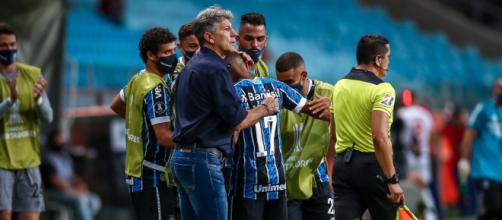 Grêmio deve emprestar jovens para ganharem rodagem (Lucas Uebel/Grêmio)