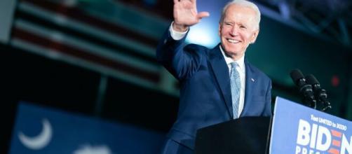 Joe Biden consigue su sacar adelante su primera medida (Twitter @JoeBiden)
