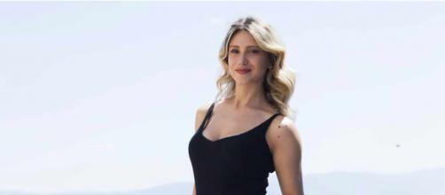 Eleonora Cristiani, personaggio web e co-conduttrice.