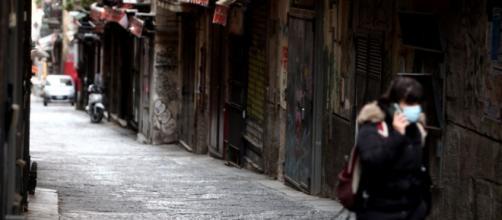 Lockdown in Italia, da marzo 2020 a marzo 2021. Foto di Vince Paolo Gerace, Imagoeconomica.