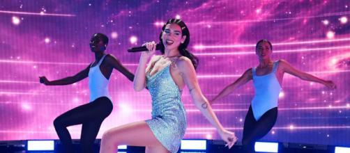 Dua Lipa se destaca em performance do Grammy 2021 (Divulgação)