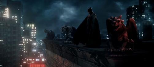 Batman (Kevin Porter) in una sequenza del cortometraggio.