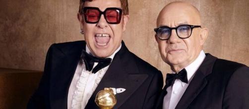Elton John critica el nuevo edicto del Vaticano sobre el matrimonio igualitario (Foto Twitter @eltonofficial)