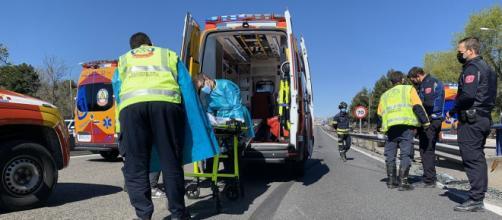 Traslado del bebé a un hospital cercano (Twitter @EmergenciasMadrid)