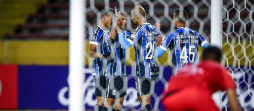 Grêmio quer nomes pontuais, mas não pretende fazer loucuras (Lucas Uebel/Grêmio)