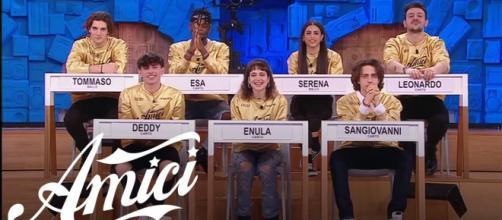 Amici, spoiler 1° serale: team Zerbi-Celentano vince due manche, Ferilli quarto giudice.