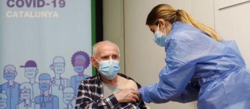 Estar vacunado puede no ser suficiente para no contagiar
