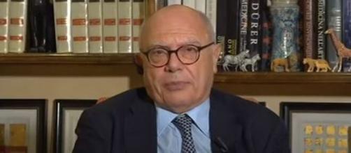 Il professor Massimo Galli, infettivologo del Sacco di Milano.