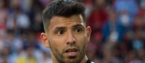 Sergio Aguero potrebbe arrivare alla Juventus il prossimo calciomercato estivo.