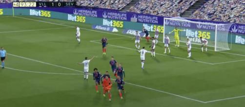 Bono, le gardien du FC Séville, arrache l'égalisation au bout du temps additionnel - Photo capture d'écran vidéo