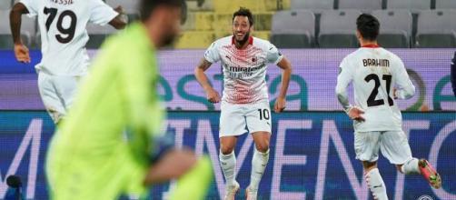Fiorentina - Milan il gol decisivo di Hakan Çalhanoğlu - foto: di acmilan.com