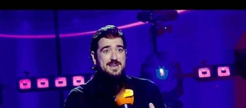 Antonio Orozco en una imagen de archivo en directo en un programa de televisión. (Instagram @antoniorozco)