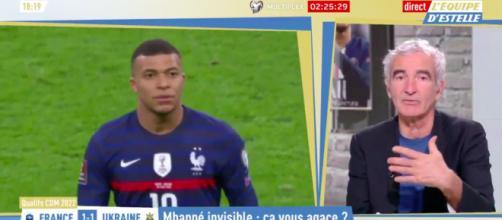 Kylian Mbappé se fait détruire par Raymond Domenech - Photo capture d'écran vidéo Twitter