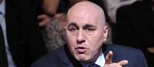 Guido Crosetto critica il nuovo decreto anti coronavirus del governo Draghi.