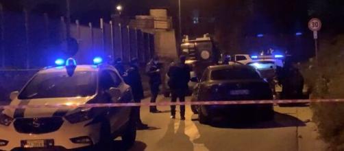 Rapina finita male nel napoletano: auto sperona scooter, morti due banditi.