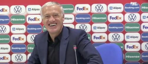 Didier Deschamps s'est attiré les foudres de certains fans en raison de sa réaction concernant Karim Benzema. (capture)