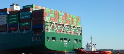 Ferme le operazioni di sblocco della nave Ever Green.