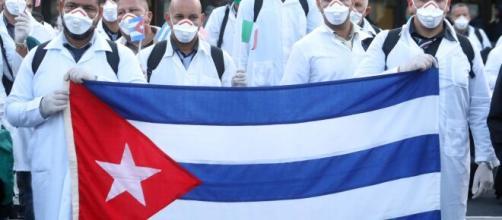 Medici cubani all'estero: apparenza e realtà * MPS - Movimento per ... - mps-ti.ch