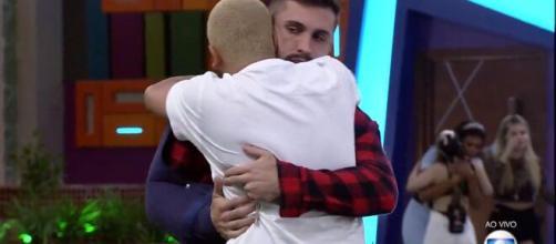 """Projota e Arthur são apontados como os mais odiados pelo público do """"BBB21"""" (Reprodução/Rede Globo)"""