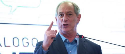 Ciro Gomes faz críticas a Bolsonaro e ao governo (José Cruz/Agência Brasil)