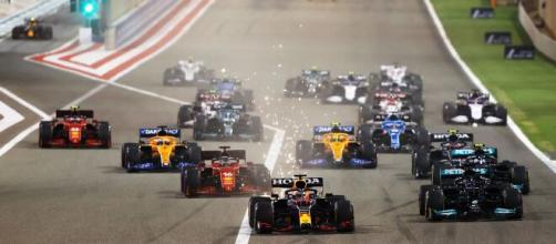 F1-Bahreïn-Course: Hamilton résiste à Max la menace : Source : Le Blog Auto