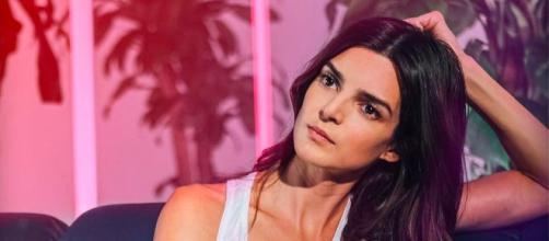 Clara Lago luce muy enamorada según ha sido captada con su novio, a pesar de que intenta mantener en secreto la relación (Instagram @claralago1)