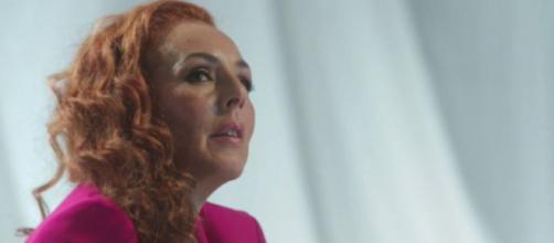 Cristina cuidó a Rocío Carrasco y habría sido testigo de la violenta actitud de su ex marido. (Twitter @telecincoes)