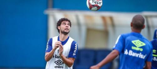 Grêmio negocia liberação de lateral Victor Ferraz para o Ceará (Lucas Uebel/Grêmio FBPA)