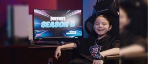 Joseph Deen, el niño de 8 años que jugará profesionalmente al 'Fortnite' (Foto: Twitter @darrenrovell