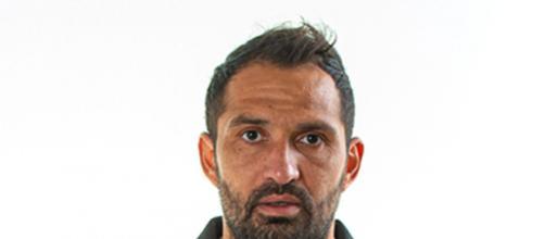 Mario Alberto Santana con la maglia del Palermo della stagione 20-21.