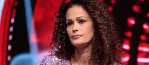 Pomeriggio 5, Samantha de Grenet su Antonella Elia: 'Non ho intenzione di confrontarmi'.