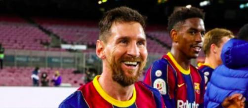 Le nouveau maillot du FC Barcelone fait le buzz - Photo instagram FC Barcelone