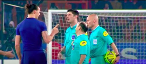 La vidéo entre Ibrahimovic et Tony Chapron refait le buzz - Capture d'écran vidéo Youtube