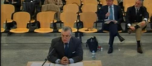 """El tribunal considera que el careo entre Bárcenas y Rajoy es una """"diligencia excepcional"""" (Captura juicio a Bárcenas)"""