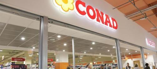 Assunzioni Conad: selezioni per vari addetti vendita, capo reparti salumeria e gastronomia.