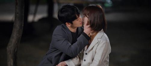'One Night Spring' é um drama romântico disponível na Netflix (Divulgação/Netflix)
