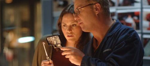William Petersen e Jorja Fox riconfermano la loro partecipazione a Csi Vegas, sequel della serie che li ha resi celebri.