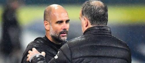 L'entraineur de Manchester City Pep Guardiola adore Marcelo Bielsa, le coach de Leeds (Credit Twitter : RMC Sport)
