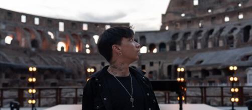 Ultimo: il Colosseo tutto per lui per sostenere l'Unicef e presentare il nuovo singolo.