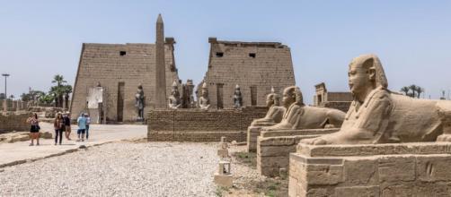 A cidade de Luxor, onde próximo dali, descobriu-se uma cidade sob o deserto (Arquivo Blasting News)