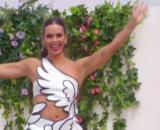 El vestido de Cupido de Cristina Pedroche ha sido muy criticado en redes sociales (Captura @antena3com)