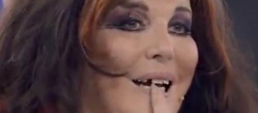 Patrizia De Blanck ha raccontato di aver perso un dente ad Avanti un altro.
