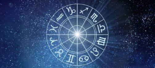 Previsioni oroscopo della giornata di sabato 17 aprile.