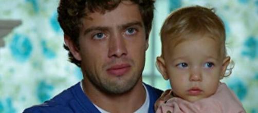 Rodrigo entra em pânico em 'A Vida da Gente' (Reprodução/TV Globo)