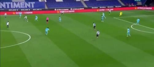 Sergi Darder marque un but de 45 mètres (Credit : La Liga Santander)