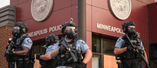 The National Guard has been deployed in Minneapolis after police shot and killed Daunte Wright (Image source: Chad Davis/Flickr)