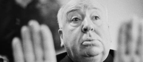 As ferramentas que fizeram Alfred Hitchcock retratar fielmente uma situação atual no seu clássico de 1954 (Arquivo Blasting News)