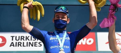 Mark Cavendish sul podio al Giro di Turchia