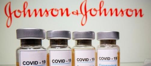 Stop al vaccino Johnson&Johnson negli Usa.